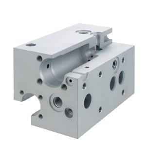 Material: Aluminium | Abmaße: Länge 145mm, Breite 86mm, Höhe 86mm | Besonderheit: sämtliche Durchmesser sind Passmaße